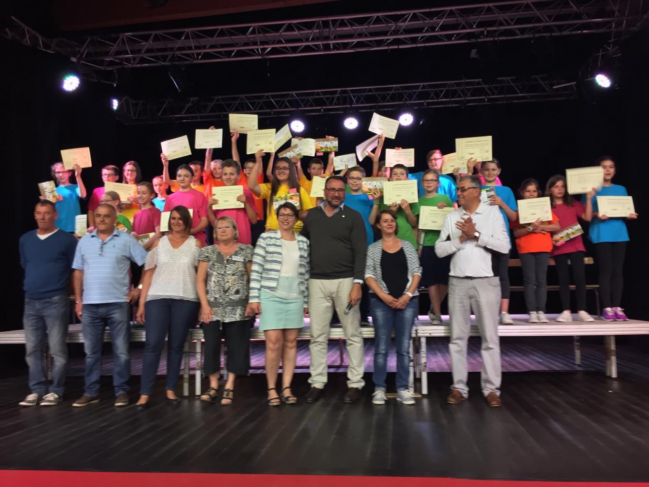 FETE ECOLE PRIMAIRE REMISE DIPLOMES AUX 6EMES 2017