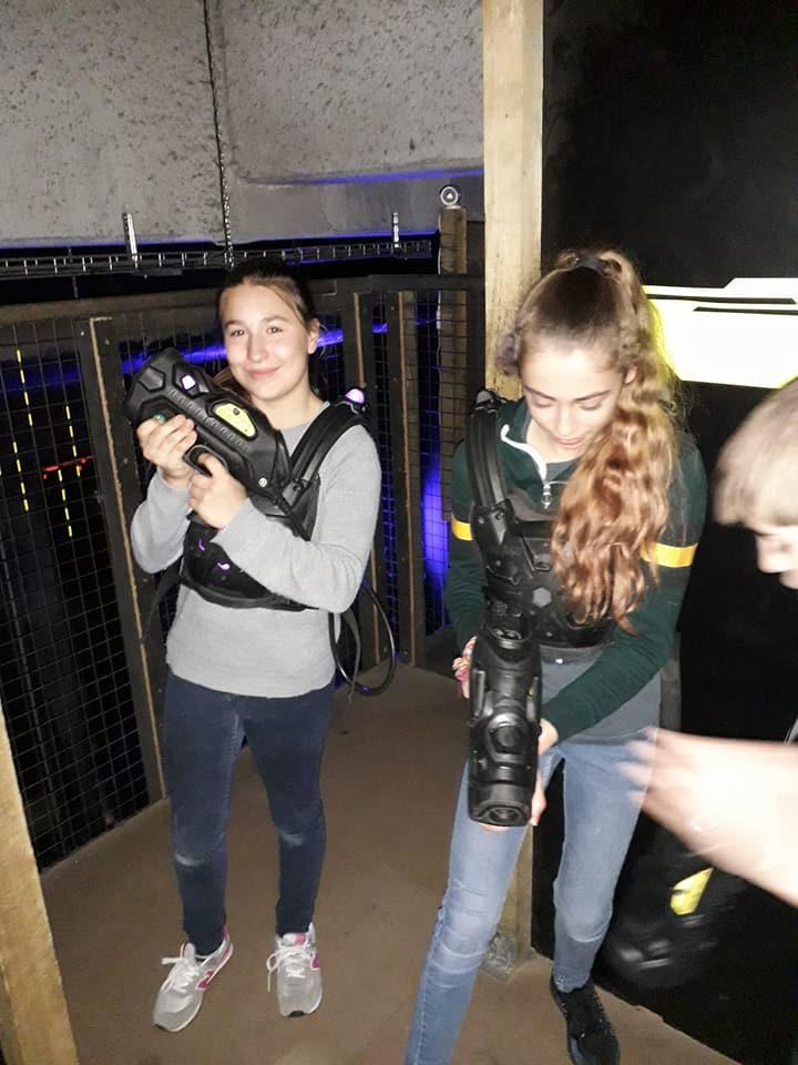 sortie Espaces Jeunes au lazergame